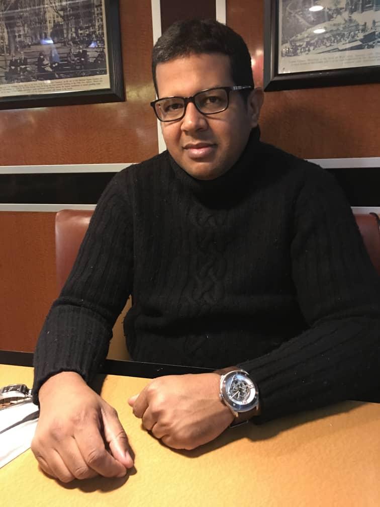 المختار ولد الشين،  ناشط سياسي وحقوقي